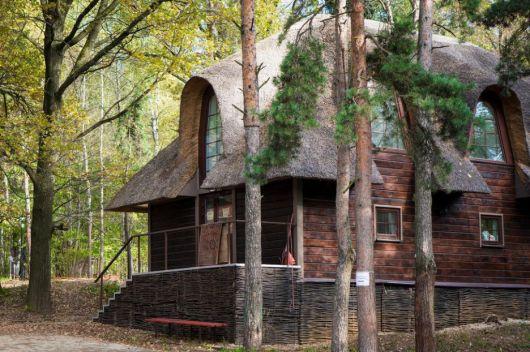 casas-na-floresta-moderna-e-diferente