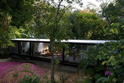 casas-na-floresta-moderns
