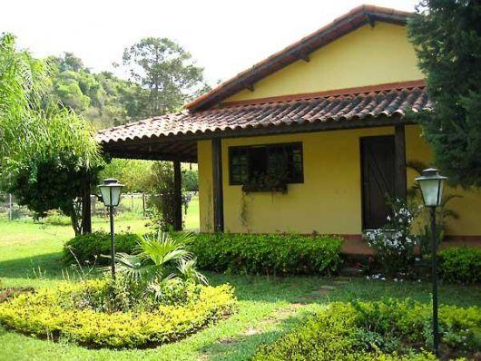 Casas na ro a rurais 40 projetos simples lindos e for Casas para jardin baratas