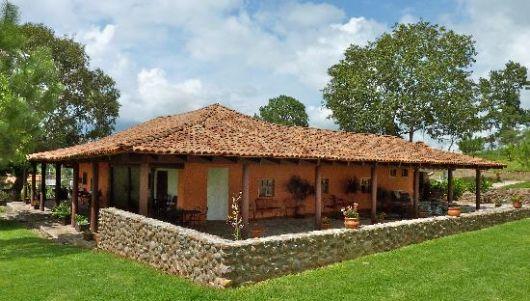 Casas na ro a rurais 40 projetos simples lindos e - Casa rural colmenar de oreja ...