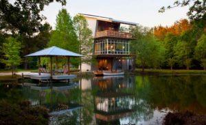 casas no lago modernas e estilosas