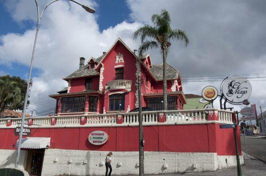casas-vermelhas-comercial