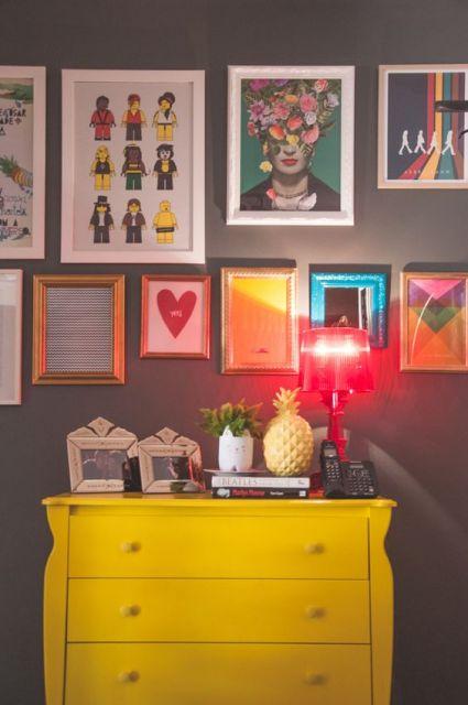 decoracao-de-aparador-amarelo