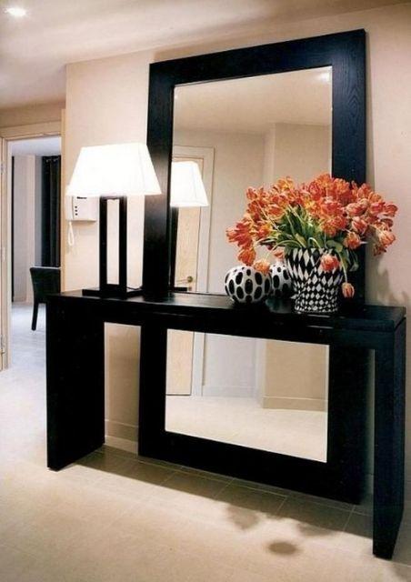 decoracao-de-aparador-classico-espelho-preto
