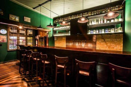 Decoraç u00e3o de bar estilos e 48 inspirações de como decorar o espaço! -> Decoração De Home Bar