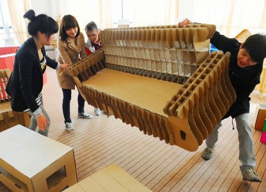 moveis-de-papelao-sofa