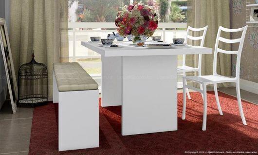 mesa-com-banco-e-cadeira-pequeno
