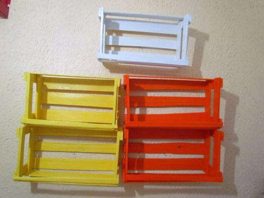 nichos-com-caixote-coloridos