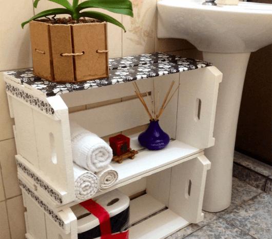 nichos-com-caixote-no-banheiro
