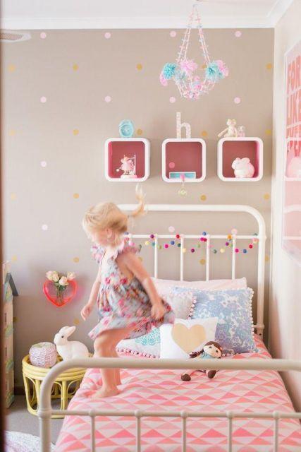 nichos-para-quarto-de-bebe-arredondado-4