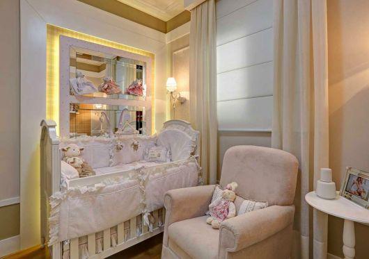 nichos-para-quarto-de-bebe-com-espelho-3