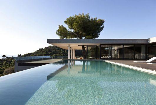 piscinas-de-luxo-borda-infinita-1