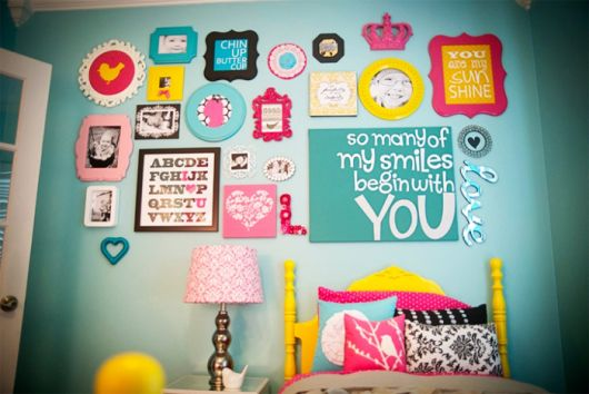 quadros-coloridos-para-quarto-fofos-4