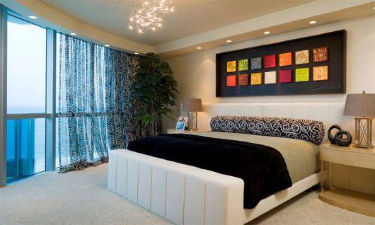 quadros-coloridos-para-quarto-na-cabeceira