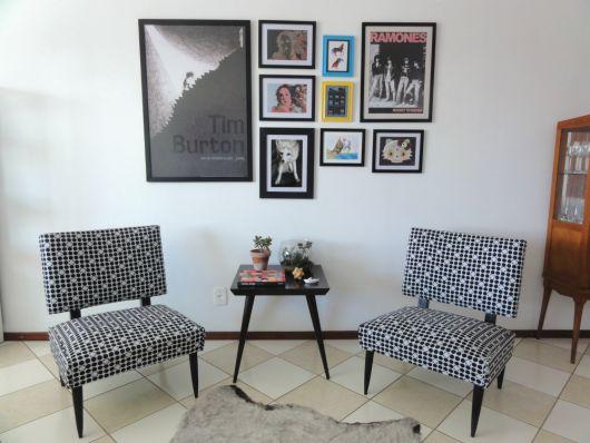 quadros-coloridos-para-sala-emoldurados-ideias