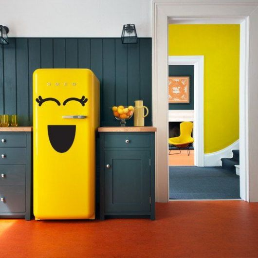 adesivo-para-cozinha-geladeira-amarela