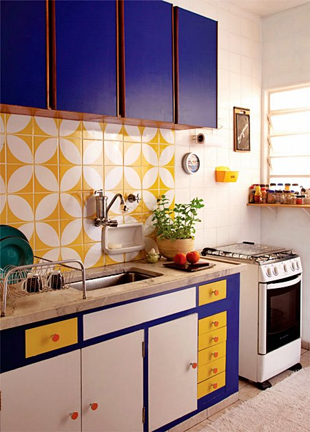 adesivo-para-cozinha-ladrilho-hidraulico-amarelo