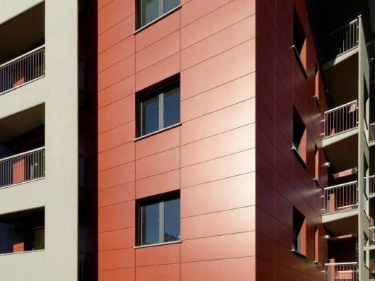 fachada-ventilada-de-porcelanato-marrom