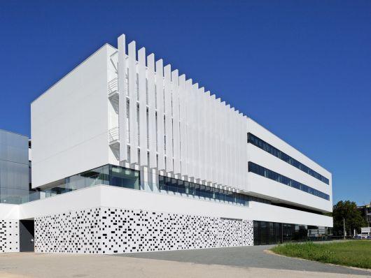 fachada-ventilada-porcelanato
