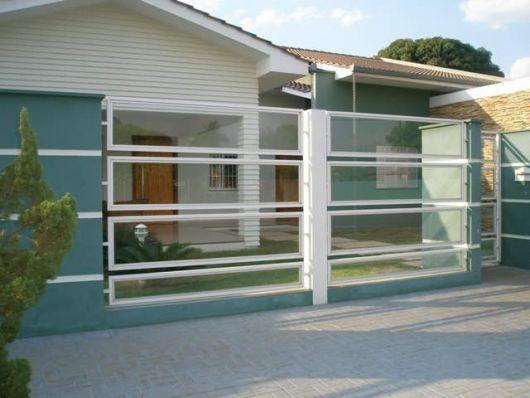 fachadas-de-muros-de-vidro-com-moldura
