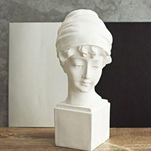 esculturas-de-gesso-brancas