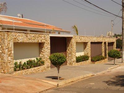 fachadas-residenciais-de-pedra-ideia