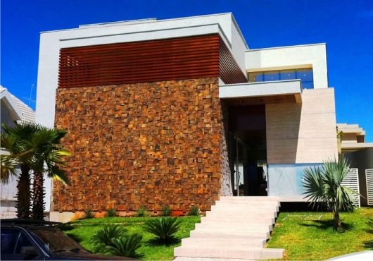 fachadas-residenciais-de-pedra