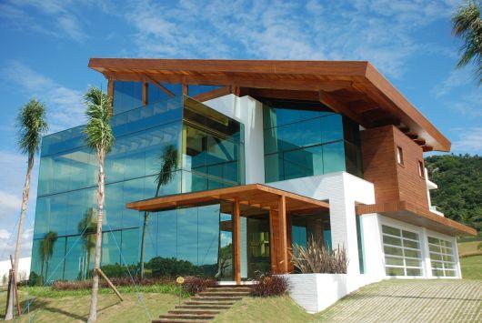 fachadas-residenciais-de-vidro-3