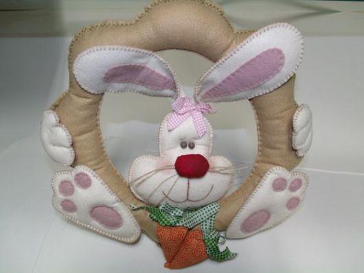 modelo com coelho