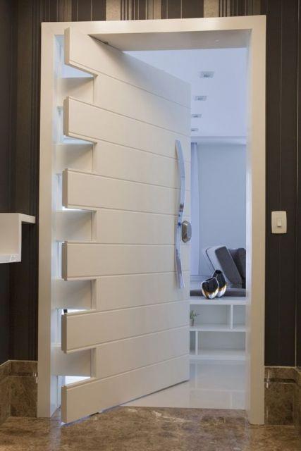 porta pivotante branca