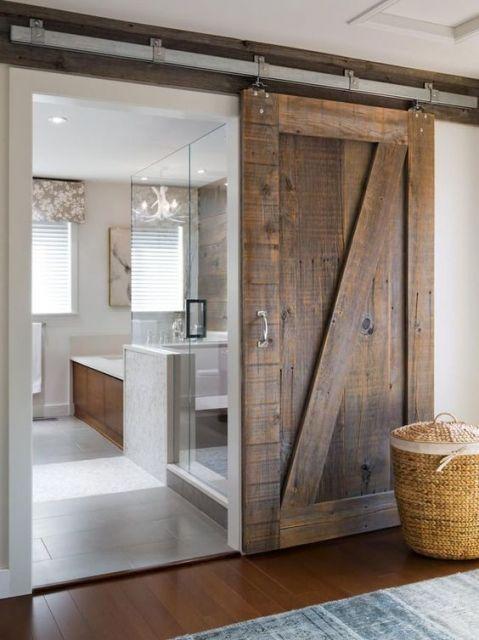 porta rústica de madeira
