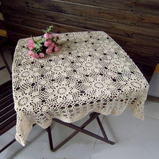 mesa quadrada pequena
