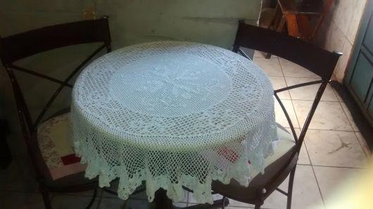toalha redonda de crochê filé