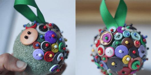 artesanato-com-botoes-bola-de-natal