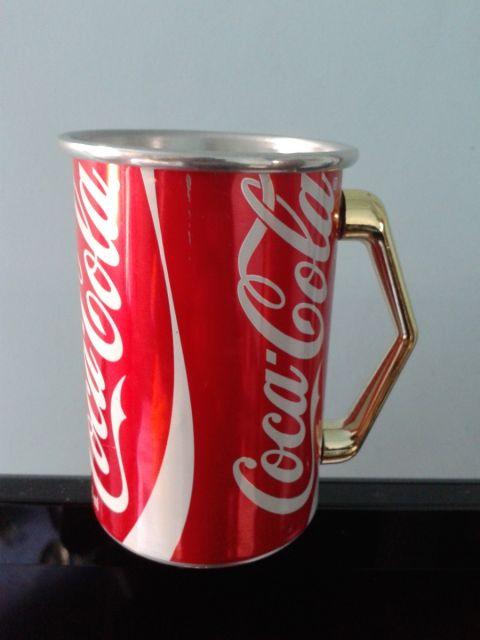 latinha de Coca Cola