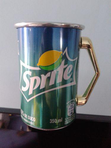 caneca de  refrigerante