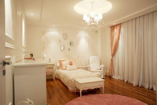 quarto menina rosa e branco