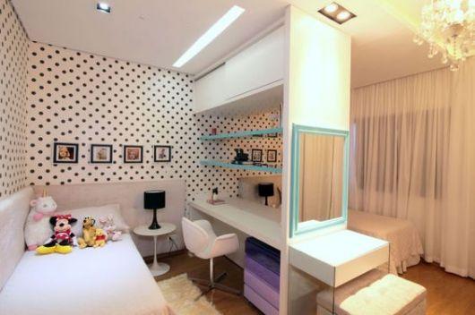 decoração quarto feminino preto e branco