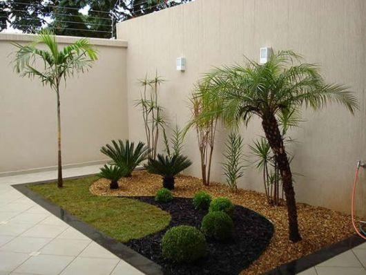 quintal com jardim