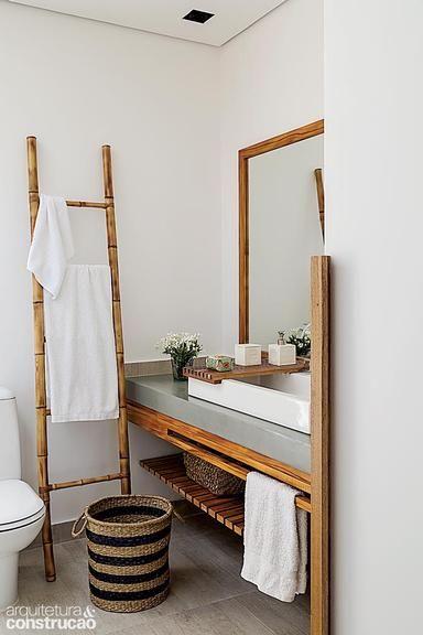 banheiro decorado com bambu