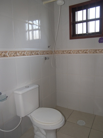 Banheiros decorados de 80 ideias e inspira es incr veis for Imagenes de pisos decorados