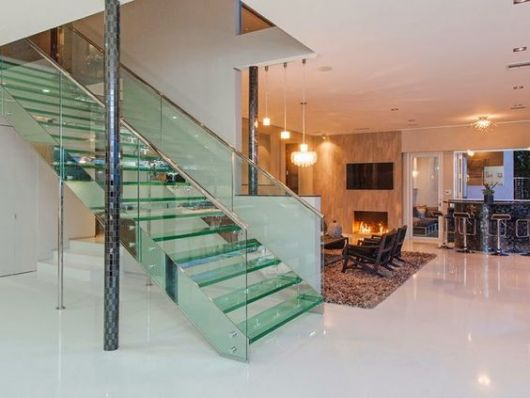 escada reta inox