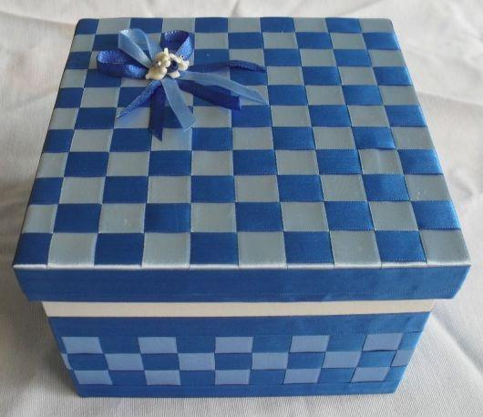 caixa decorada azul