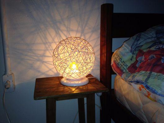 luminária de mesa redonda