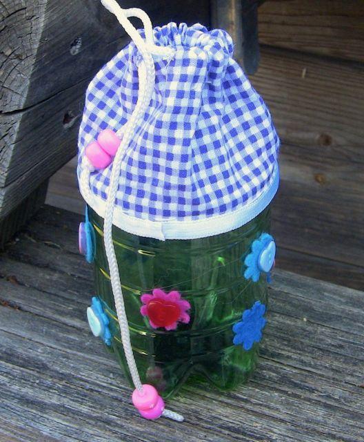 modelo de garrafa PET com tecido