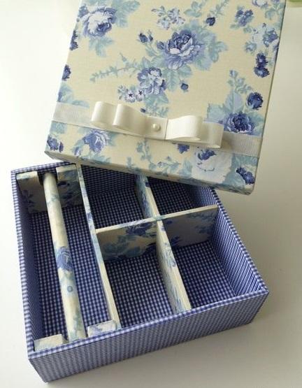 caixa azul decorada