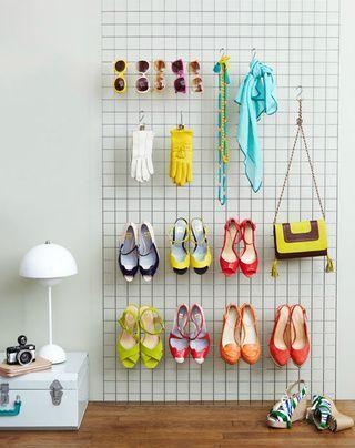 suporte de arame para sapatos e acessórios
