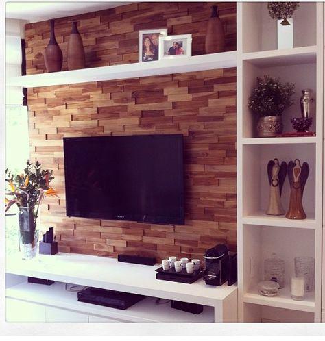 móvel planejado em torno da TV, com prateleiras, módulo de estantes e apoio embaixo