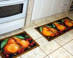 tapete emborrachado com estampa de pêssego na cozinha