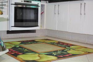 tapete emborrachado quadrado na cozinha